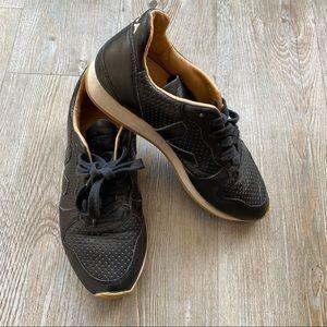 VEJA | Size 7 Lace up Shoes